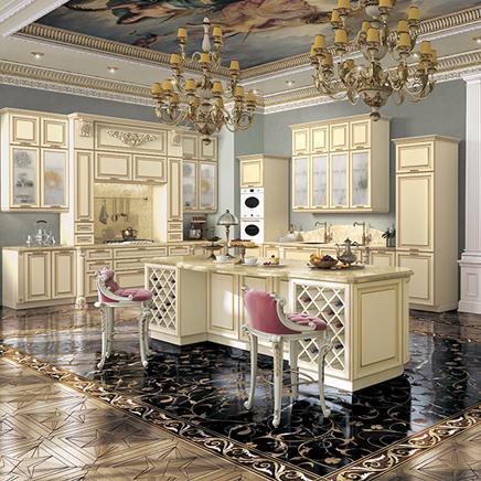 Кухня Виконт ваниль с золотой патиной
